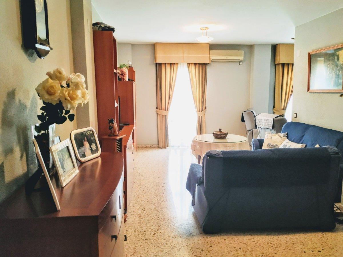 piso en montequinto · centro 168000€