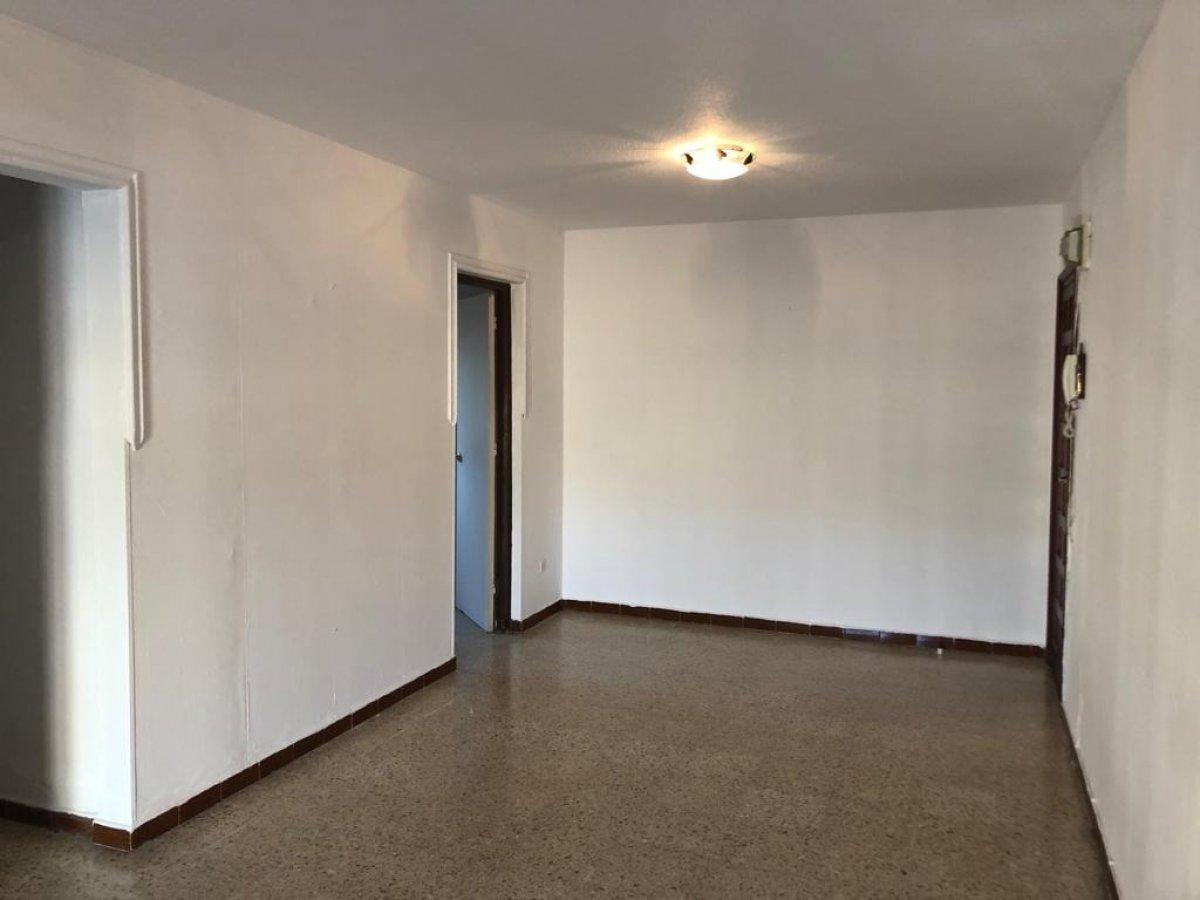 piso en montequinto · centro 82300€