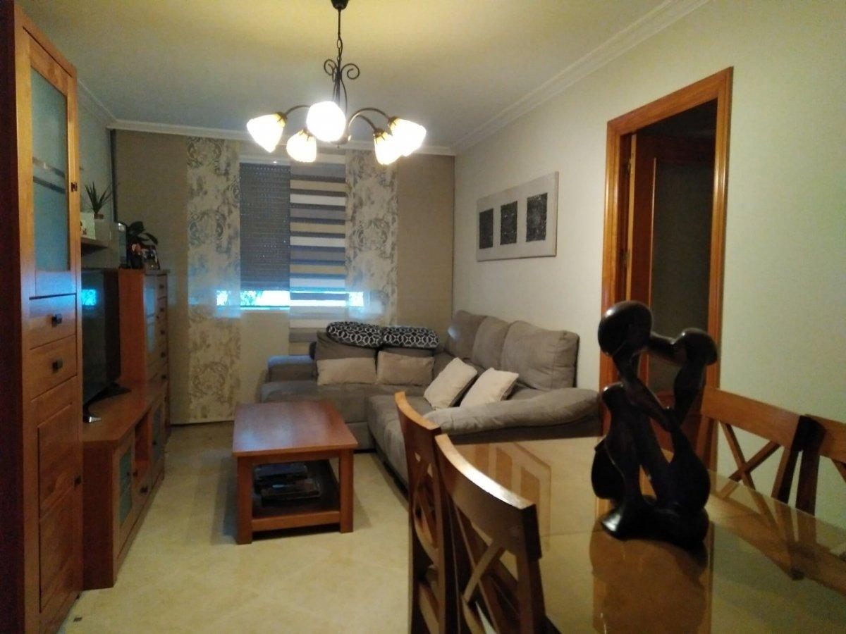 piso en montequinto · centro 122300€