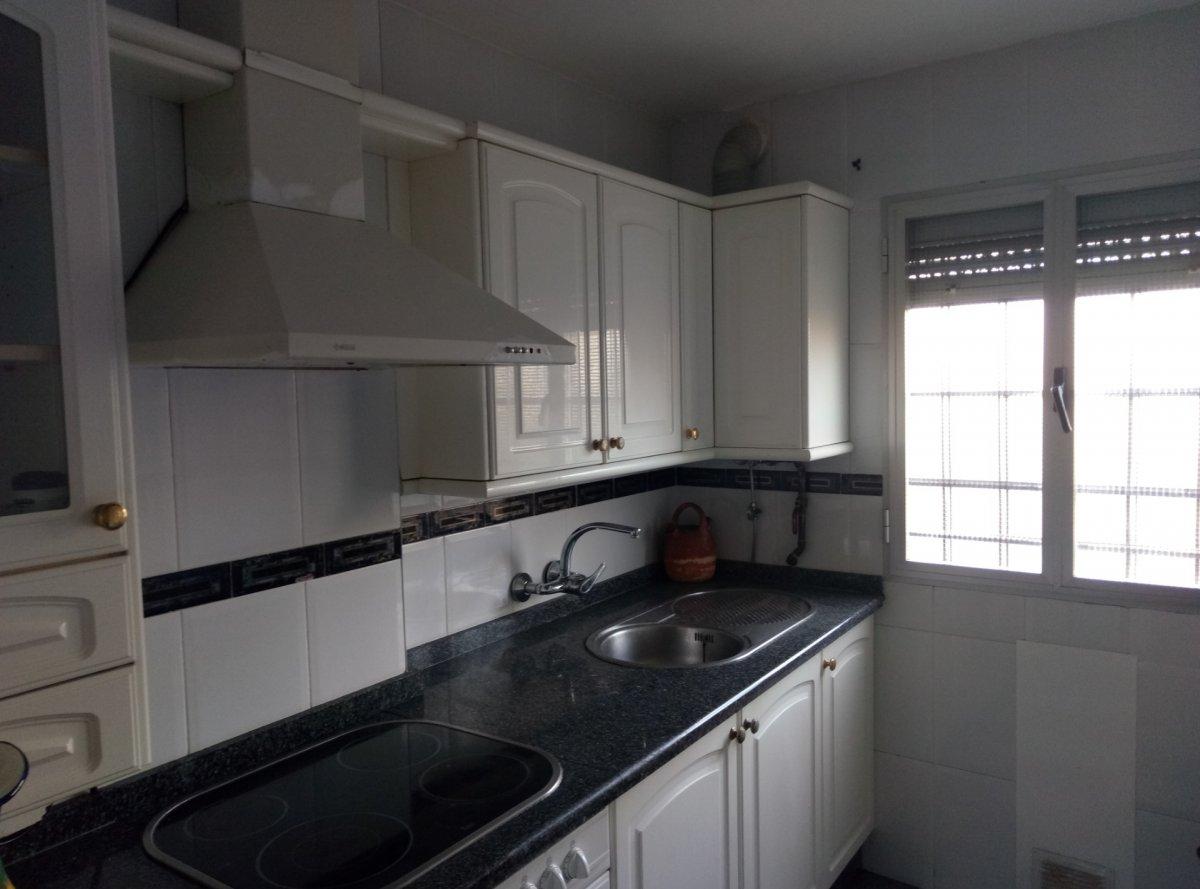 piso en sevilla · ctra-de-carmona-miraflores 147000€