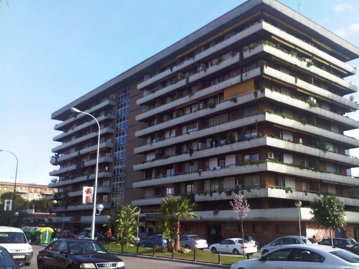 piso en sevilla · nervion 1100€