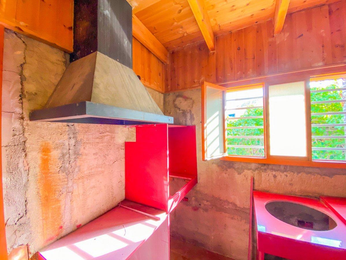 Casa de 120 m2 sobre parcela rústica de 1600 m2 a reformar. - imagenInmueble9