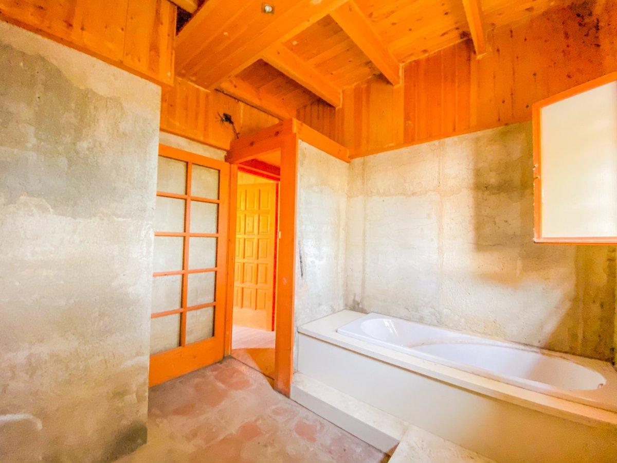 Casa de 120 m2 sobre parcela rústica de 1600 m2 a reformar. - imagenInmueble14