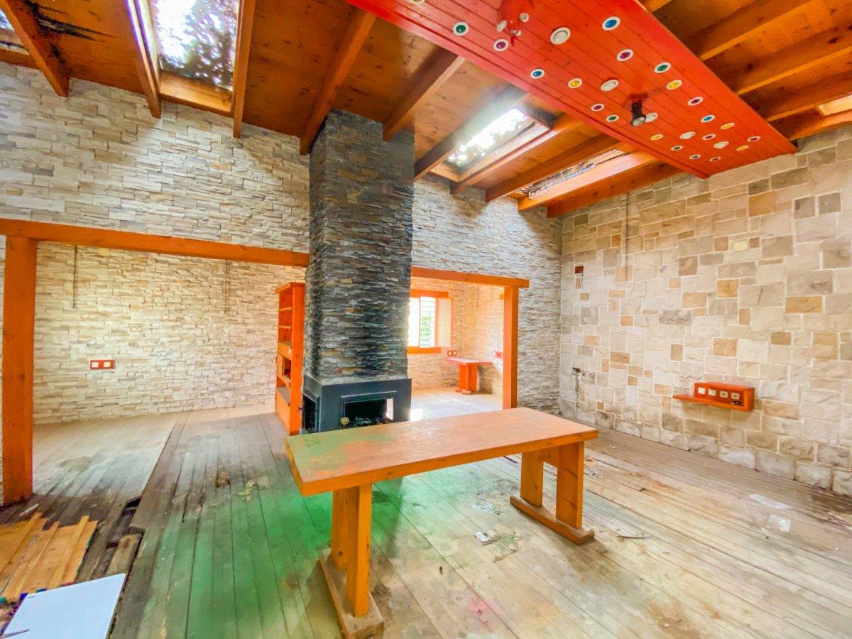 Casa de 120 m2 sobre parcela rústica de 1600 m2 a reformar. - imagenInmueble1
