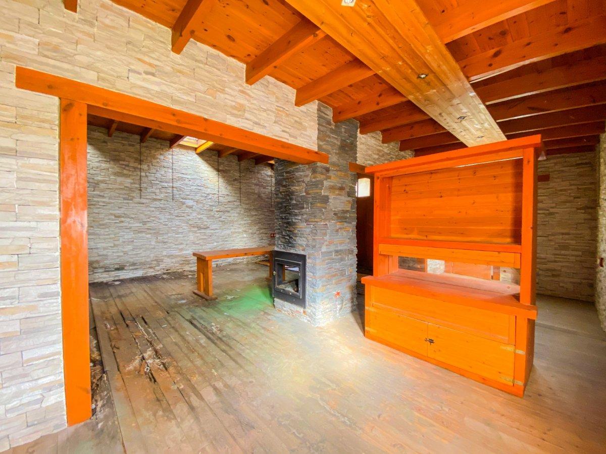 Casa de 120 m2 sobre parcela rústica de 1600 m2 a reformar. - imagenInmueble19