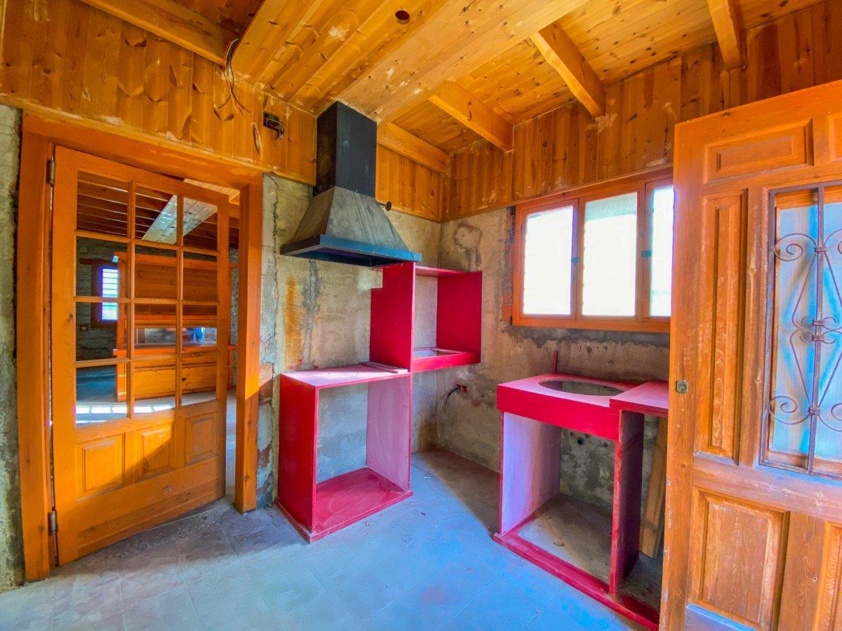 Casa de 120 m2 sobre parcela rústica de 1600 m2 a reformar. - imagenInmueble20