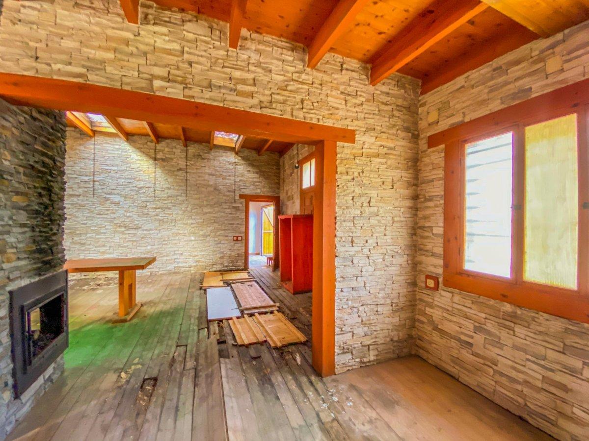 Casa de 120 m2 sobre parcela rústica de 1600 m2 a reformar. - imagenInmueble21