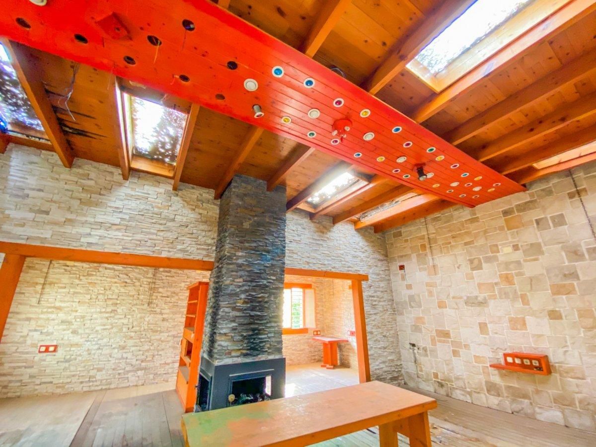 Casa de 120 m2 sobre parcela rústica de 1600 m2 a reformar. - imagenInmueble3
