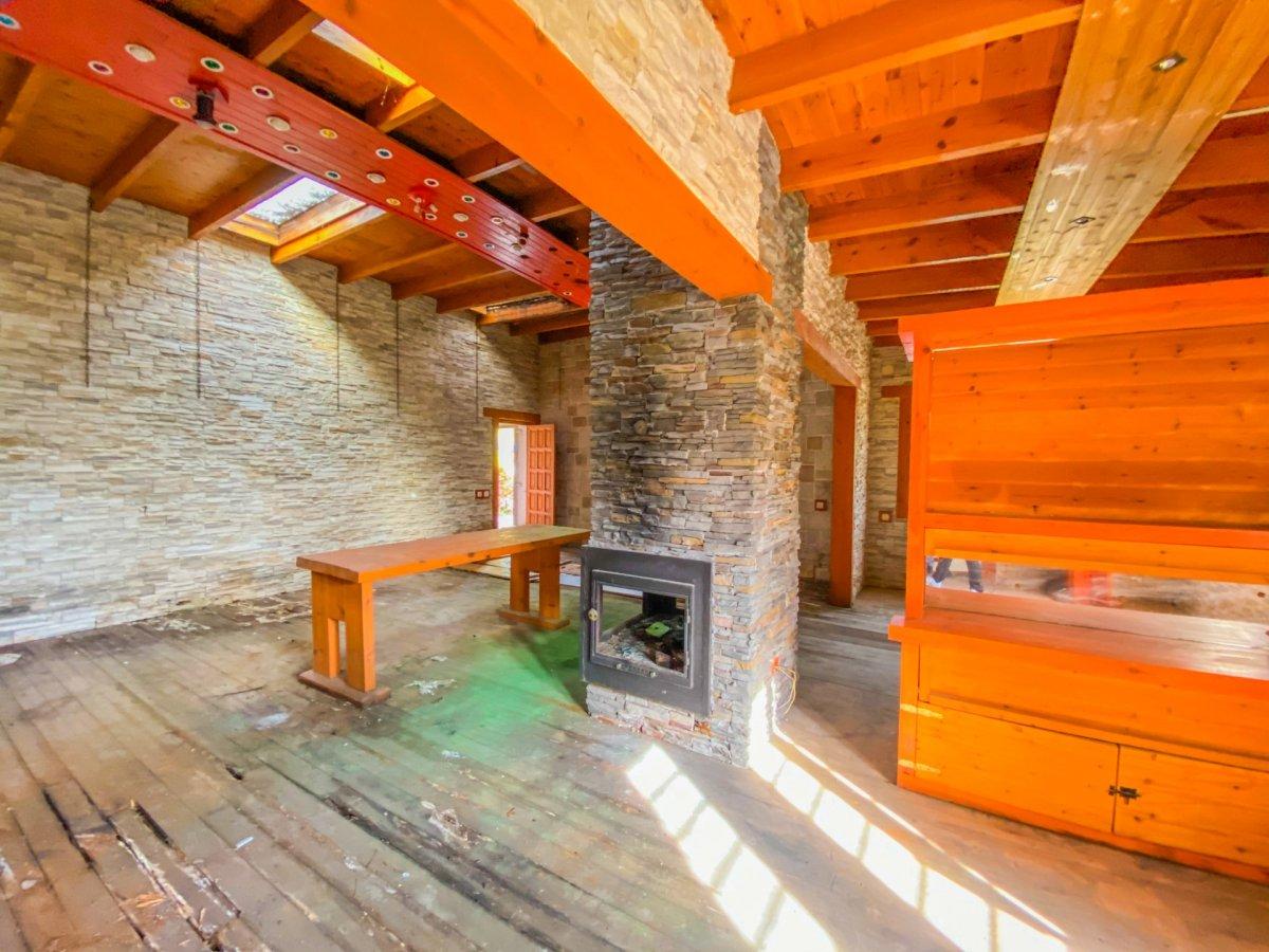 Casa de 120 m2 sobre parcela rústica de 1600 m2 a reformar. - imagenInmueble5