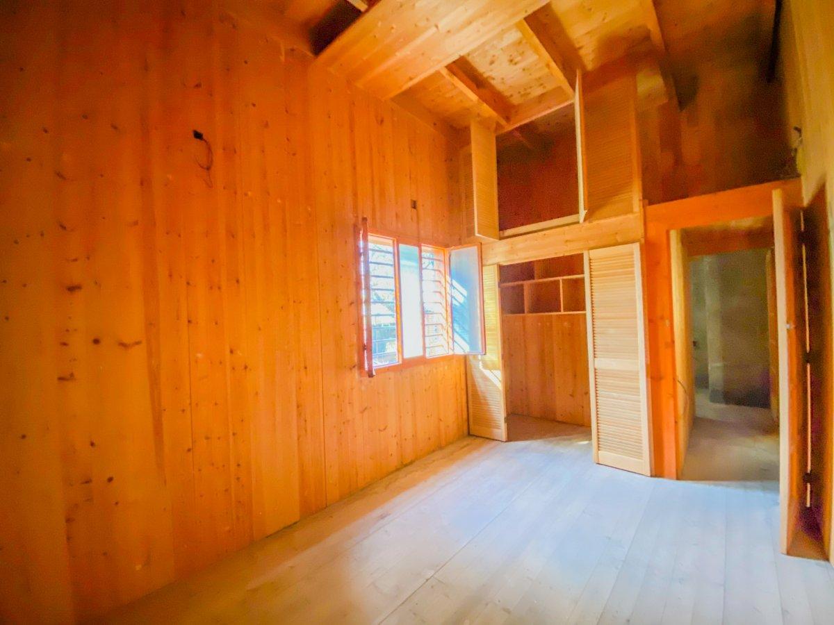 Casa de 120 m2 sobre parcela rústica de 1600 m2 a reformar. - imagenInmueble6