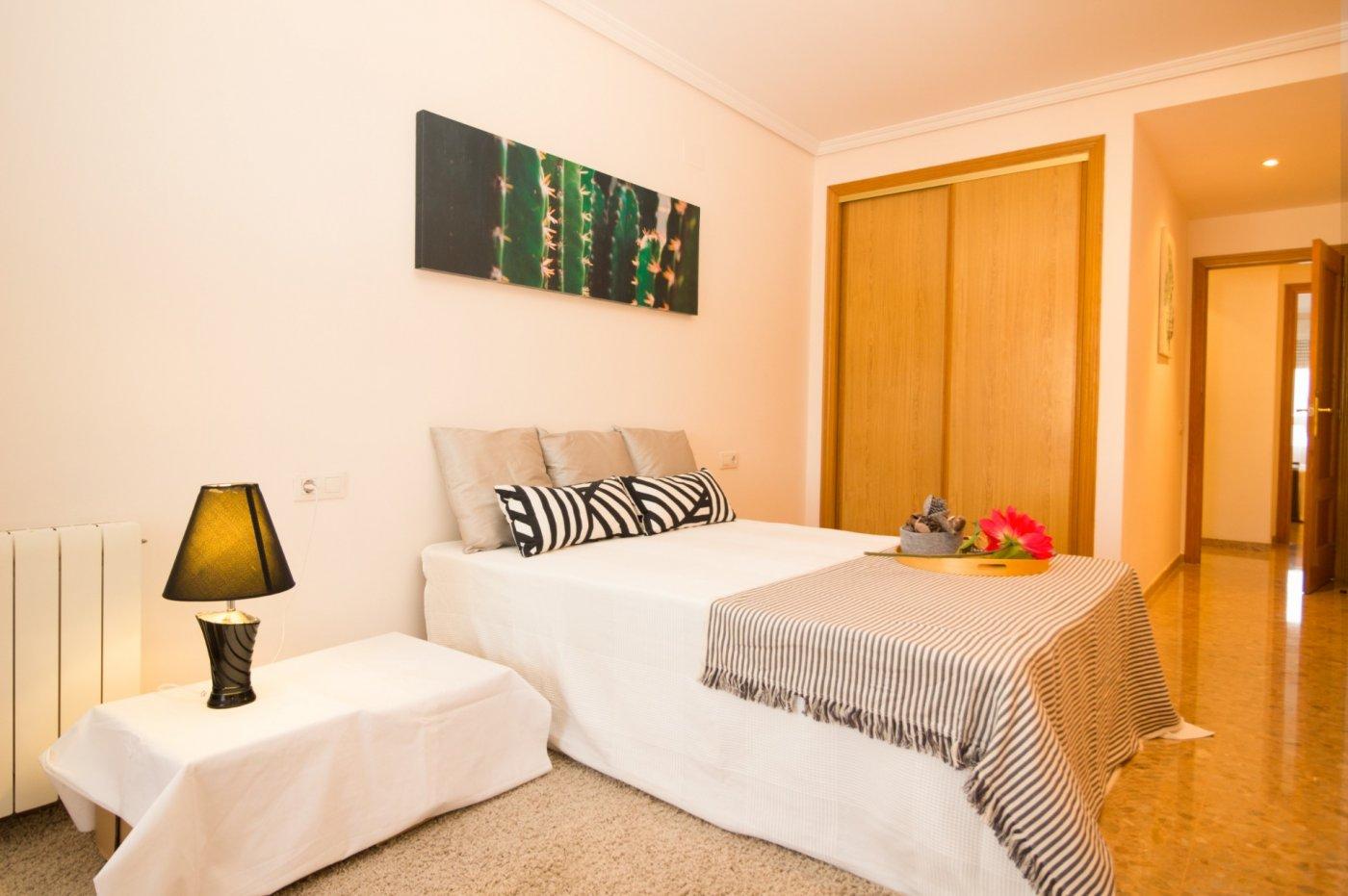 Magnífico piso en  hnos. quintero esq. gran vía tárrega monteblanco - imagenInmueble0