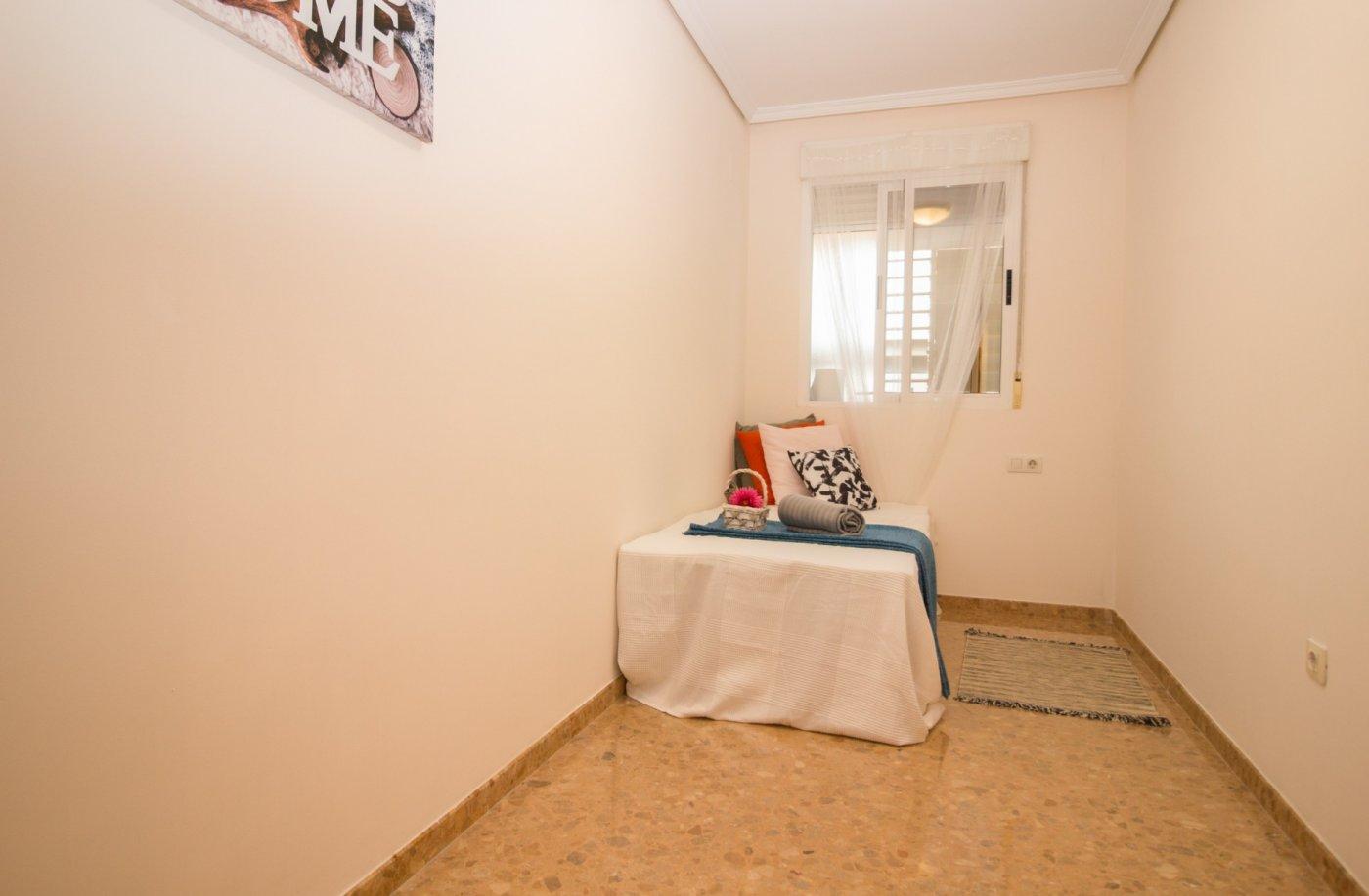 Magnífico piso en  hnos. quintero esq. gran vía tárrega monteblanco - imagenInmueble24