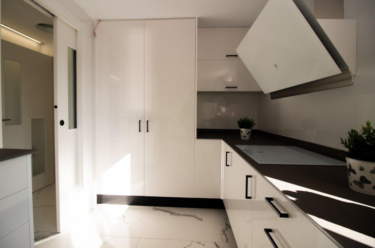 Exclusiva vivienda de diseño. primeras calidades en el centro de castellón - imagenInmueble16