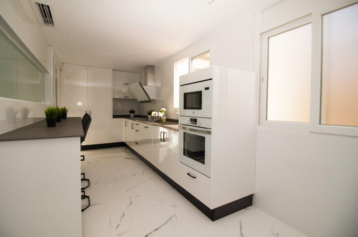 Exclusiva vivienda de diseño. primeras calidades en el centro de castellón - imagenInmueble17