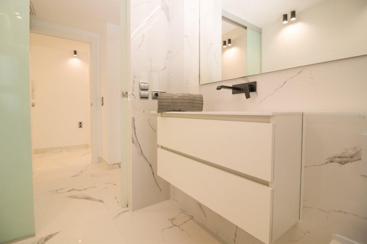 Exclusiva vivienda de diseño. primeras calidades en el centro de castellón - imagenInmueble23
