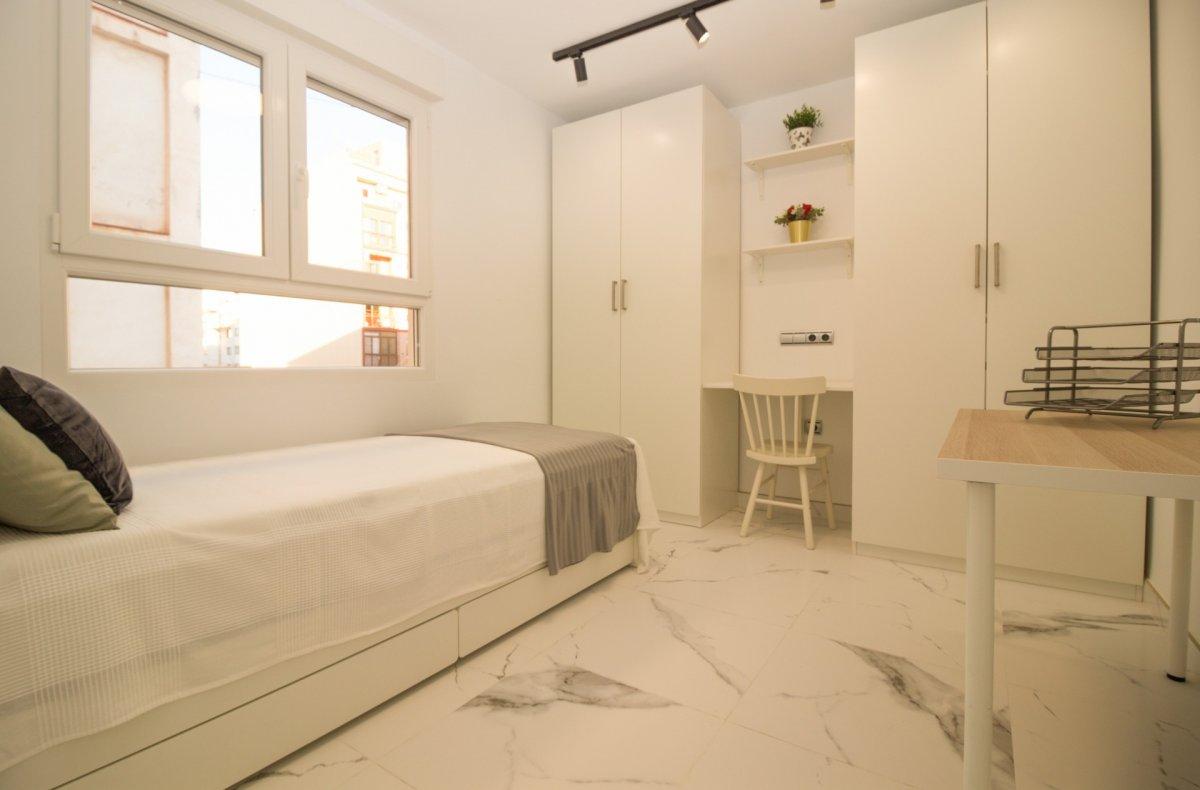 Exclusiva vivienda de diseño. primeras calidades en el centro de castellón - imagenInmueble28