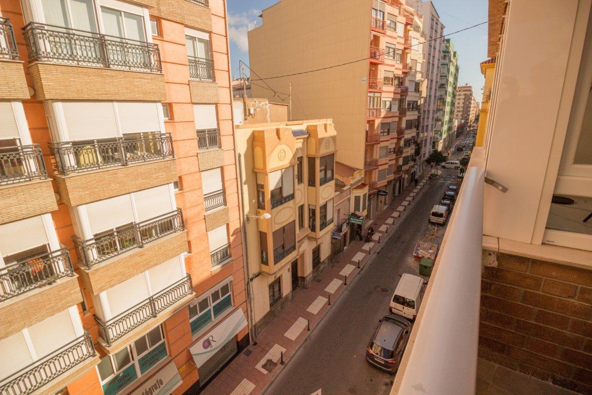 Exclusiva vivienda de diseño. primeras calidades en el centro de castellón - imagenInmueble35