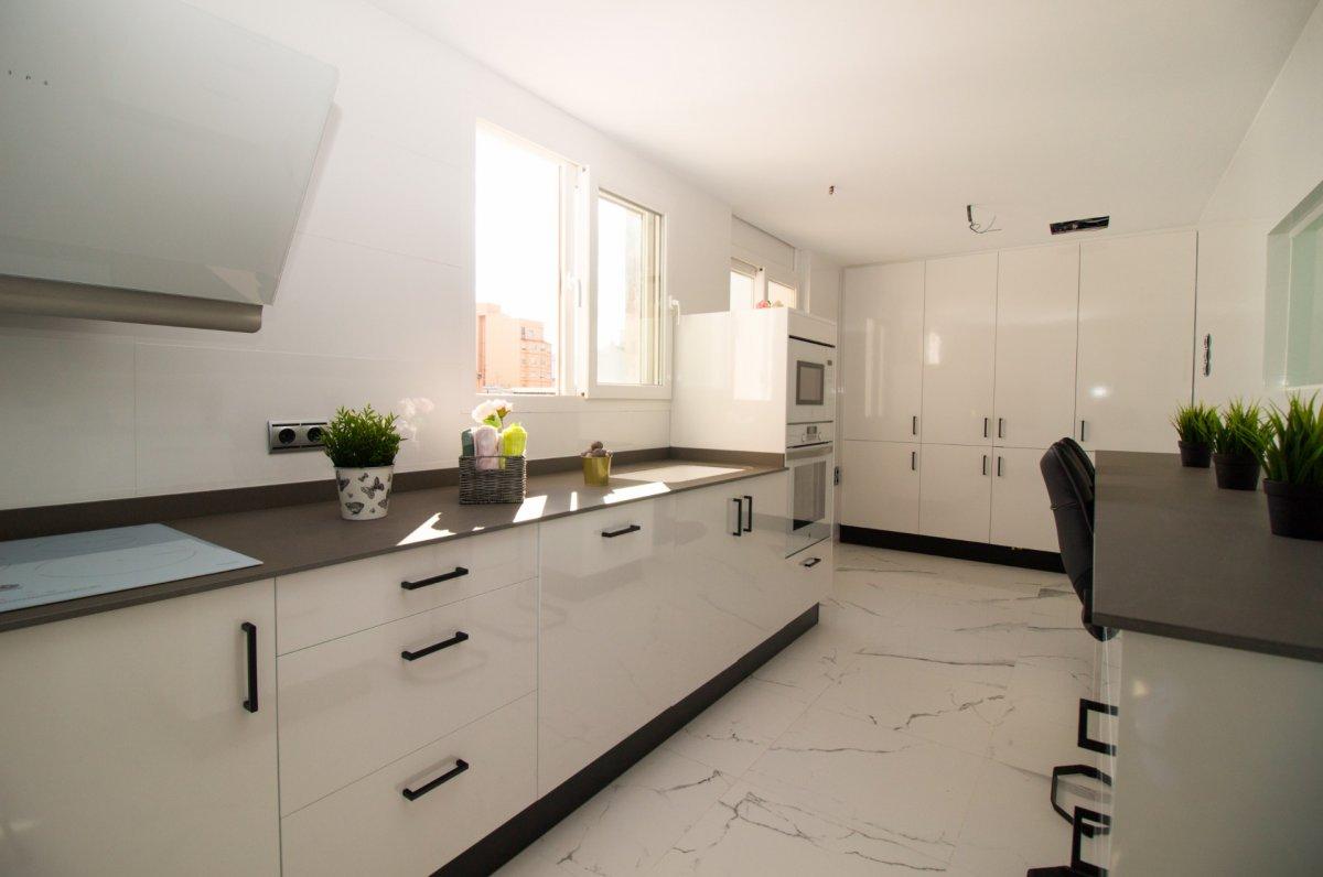 Exclusiva vivienda de diseño. primeras calidades en el centro de castellón - imagenInmueble7