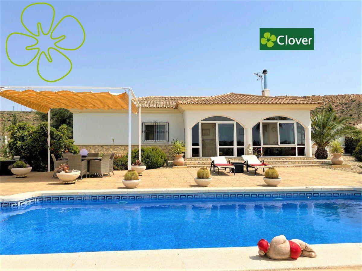 Ref:00964-6080 Villa For Sale in Albox