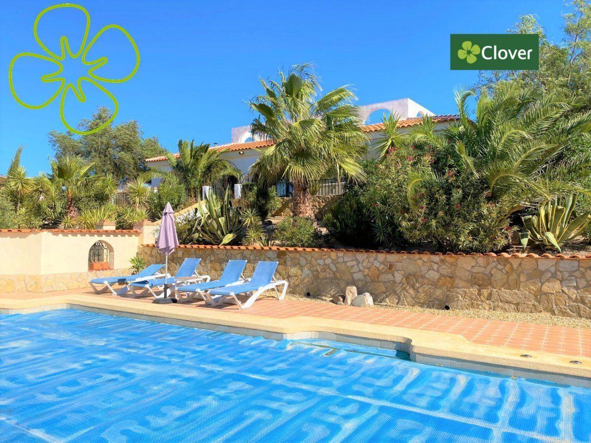 Ref:01077-6080 Villa For Sale in Albox