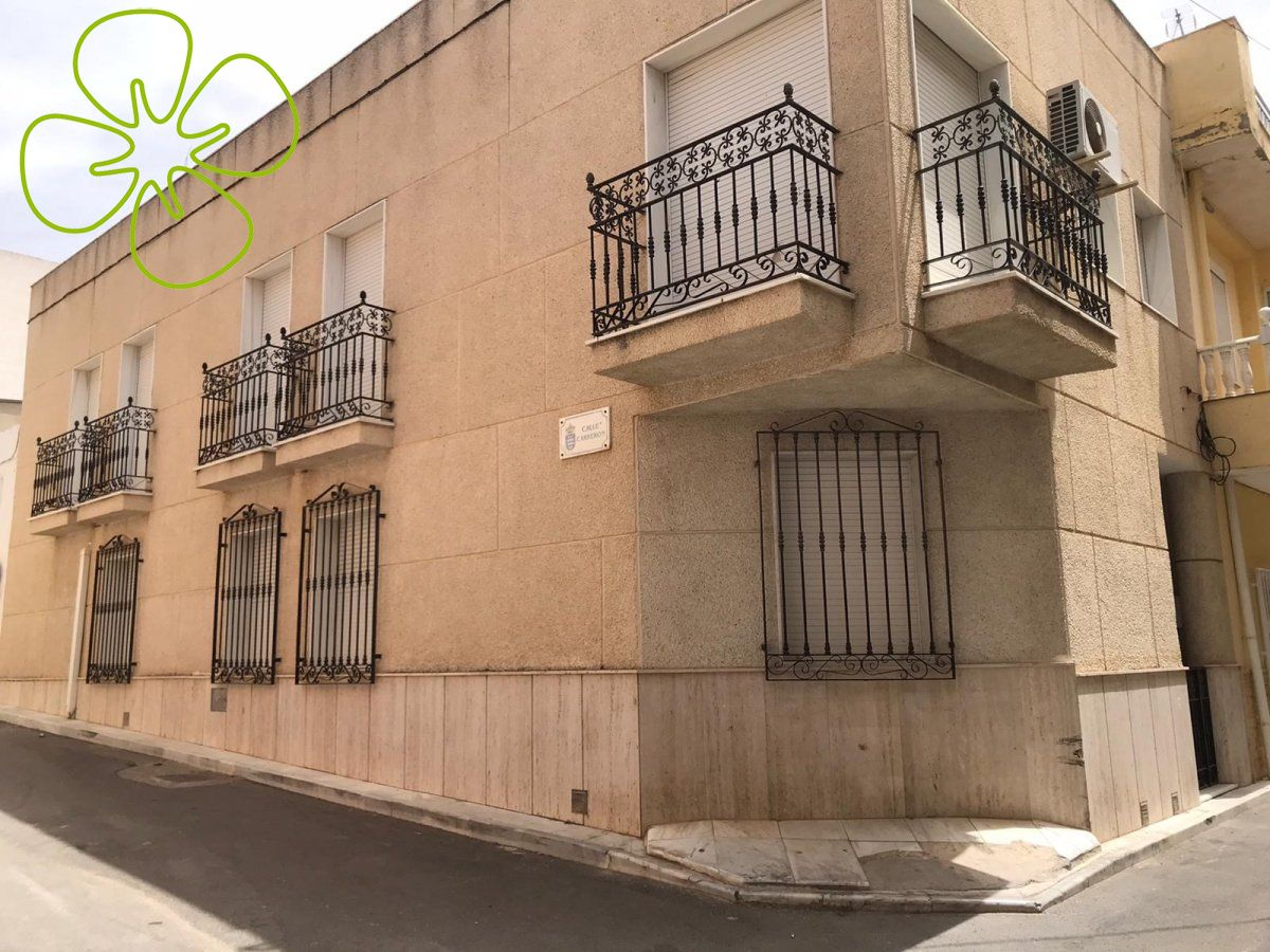 Ref:0099P-17-6080 Town house For Sale in Fines