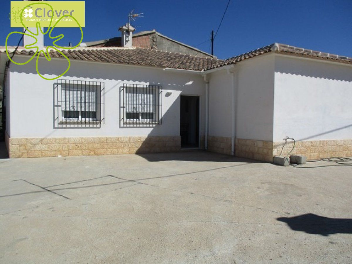 Ref:00260-6080 Villa For Sale in Arboleas