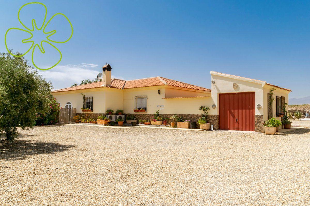 00411-6080: Villa in Albox