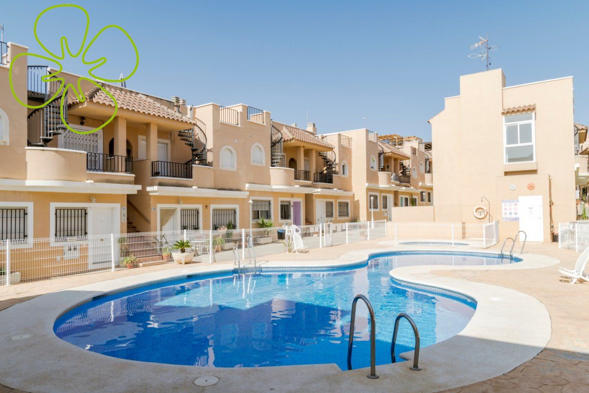 00555-6080: Flat in Palomares