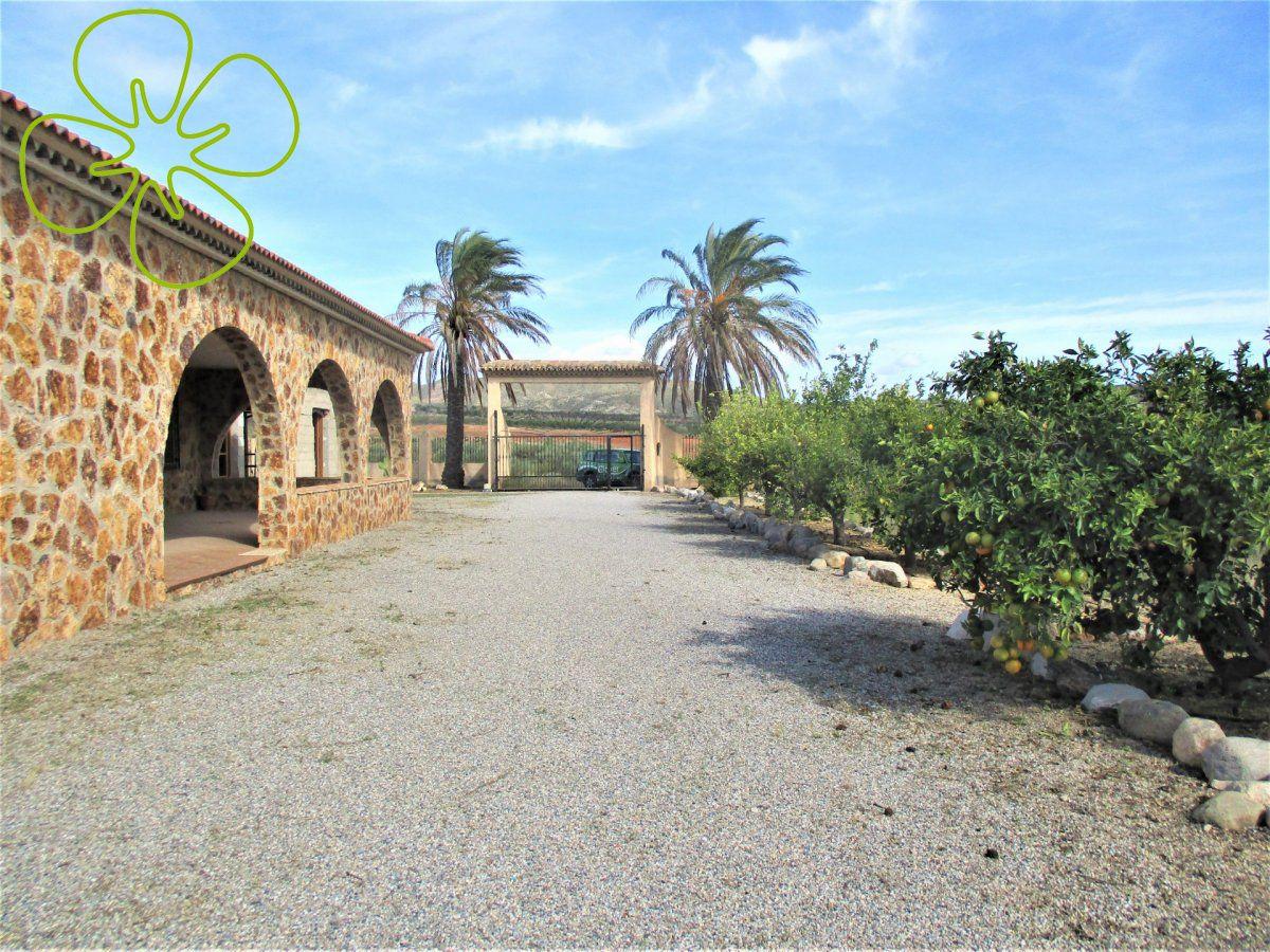 00637-6080: Villa in Arboleas