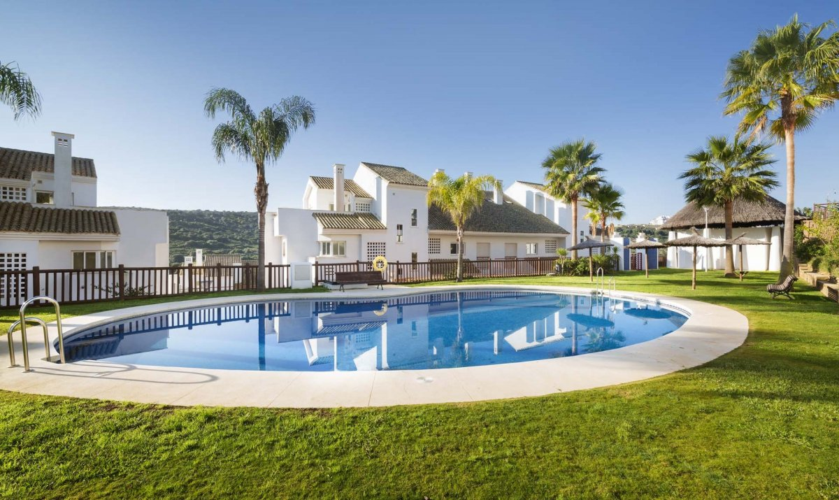 Flat for sale in Alcaidesa, San Roque