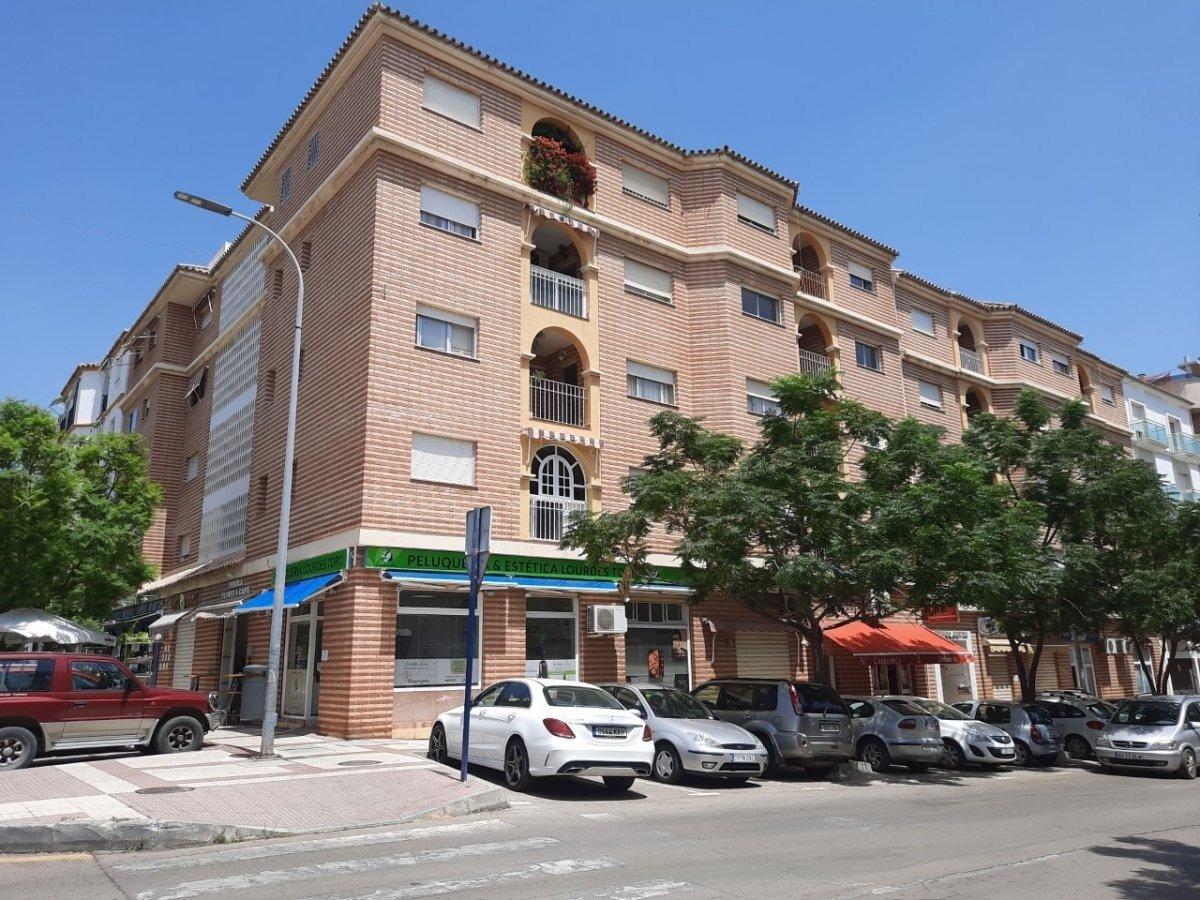 Piso en venta en Huerta Nueva, Estepona