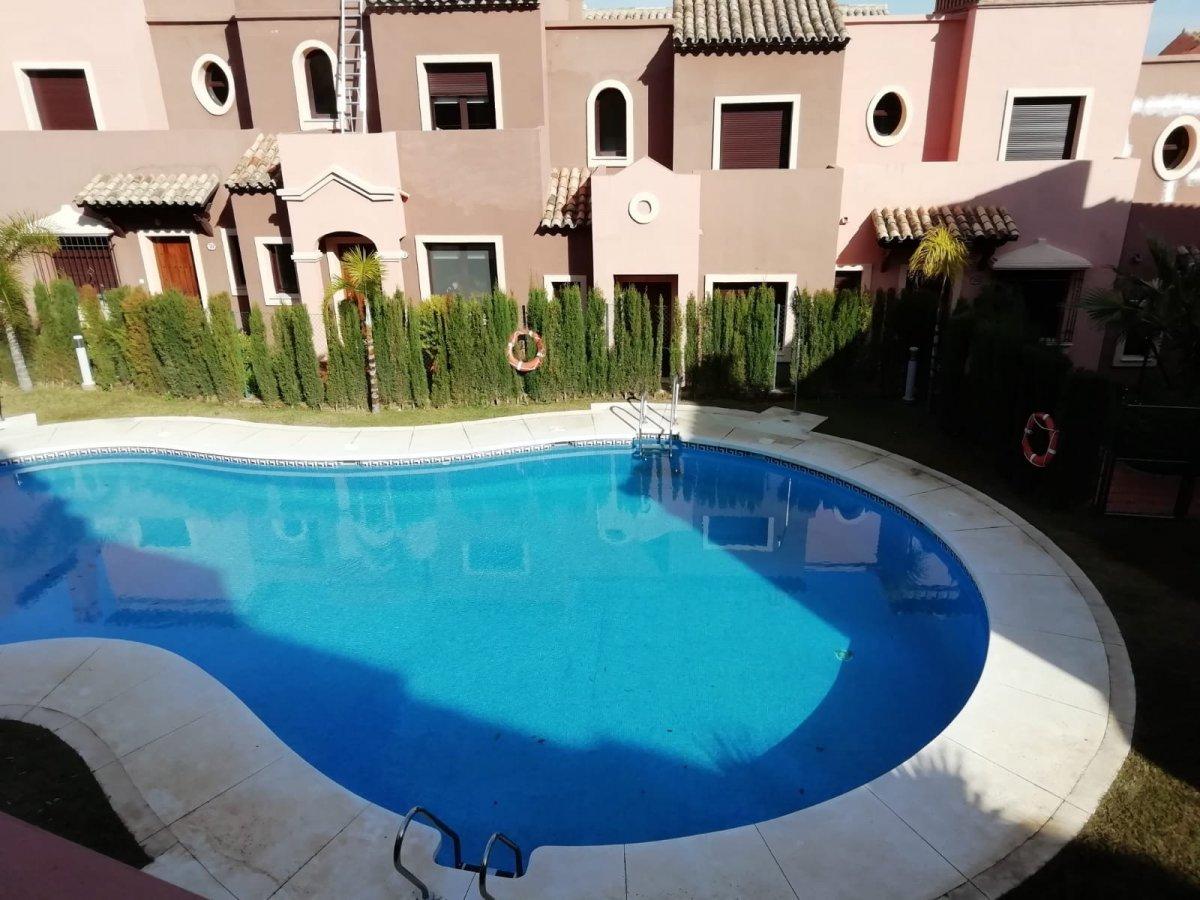 Casa en venta en Urbanización santa maría, Estepona