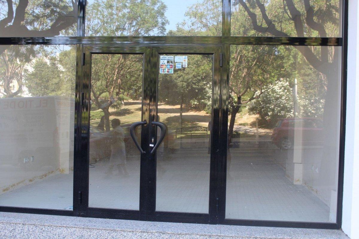 Premises for rent in El calvario, Estepona