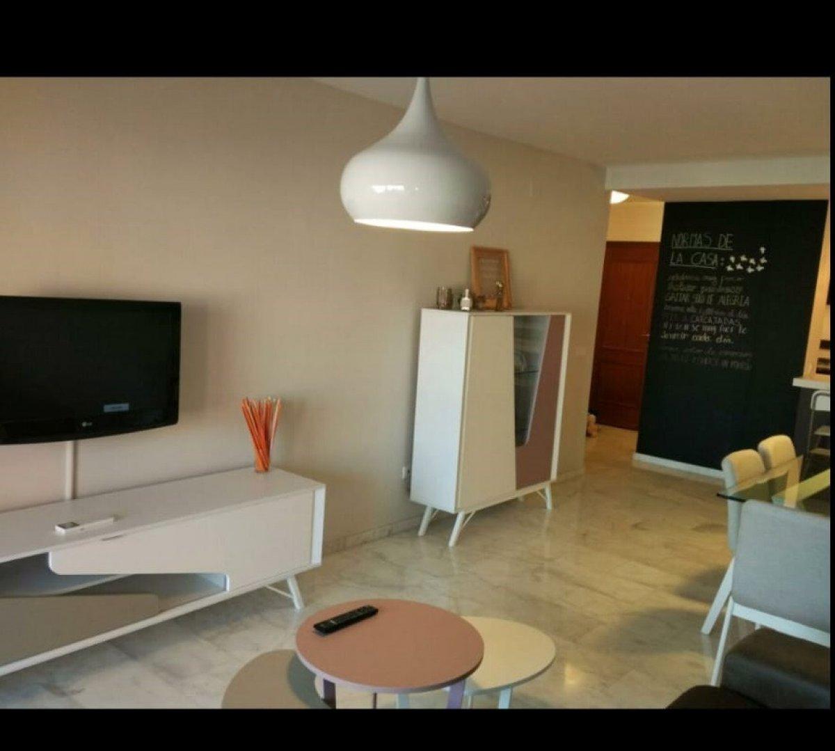 Flat for rent in Avenida andalucia, Estepona