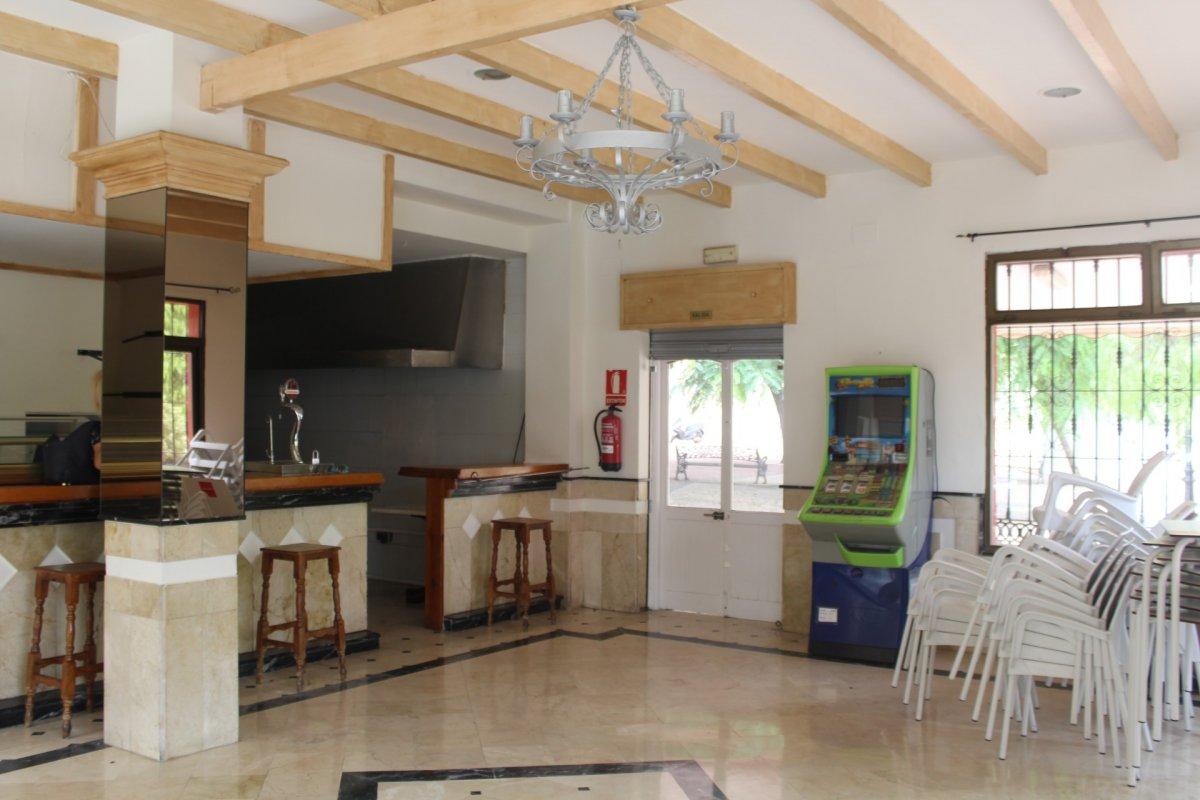 Premises for rent in Huerta Nueva, Estepona