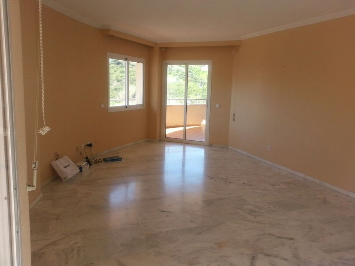 Flat for rent in Puerto, Estepona