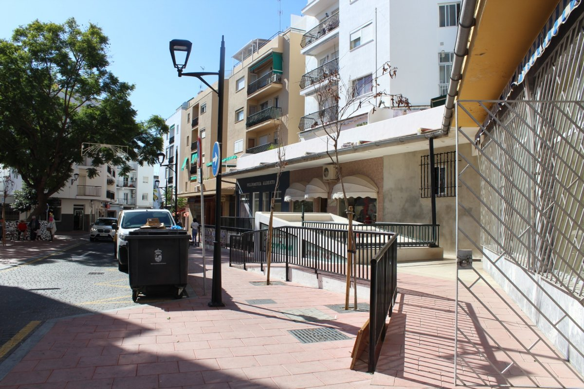 Premises for rent in Iglesia san josé, Estepona