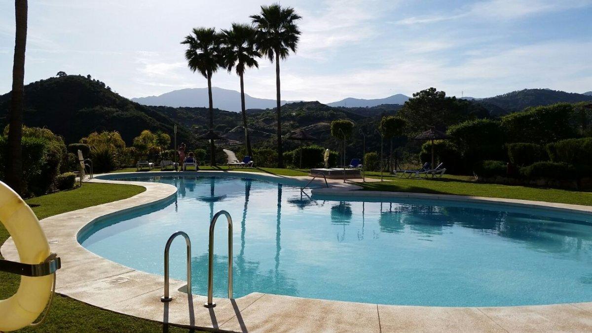 Apartment for rent in Campo de Golf de La Resina, Estepona