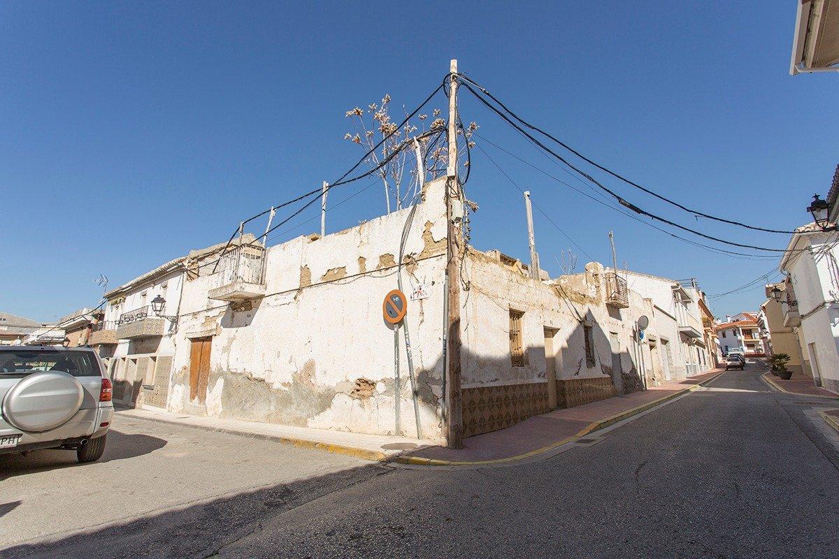Solar en Peligros, Granada