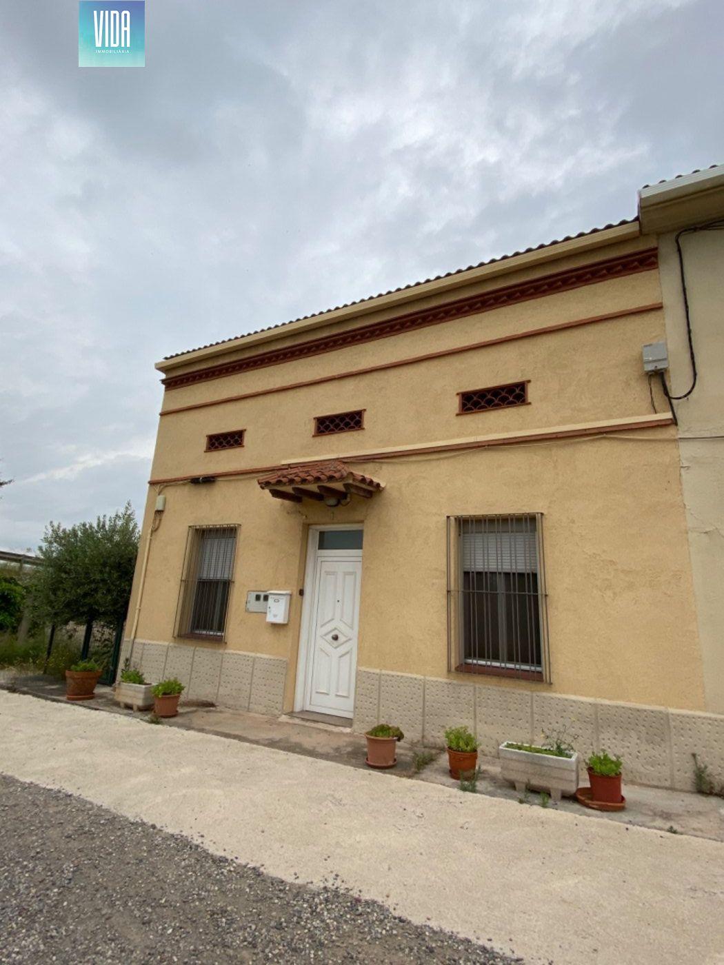 Casa a la venta en Manresa  entre el Poal y Pineda.