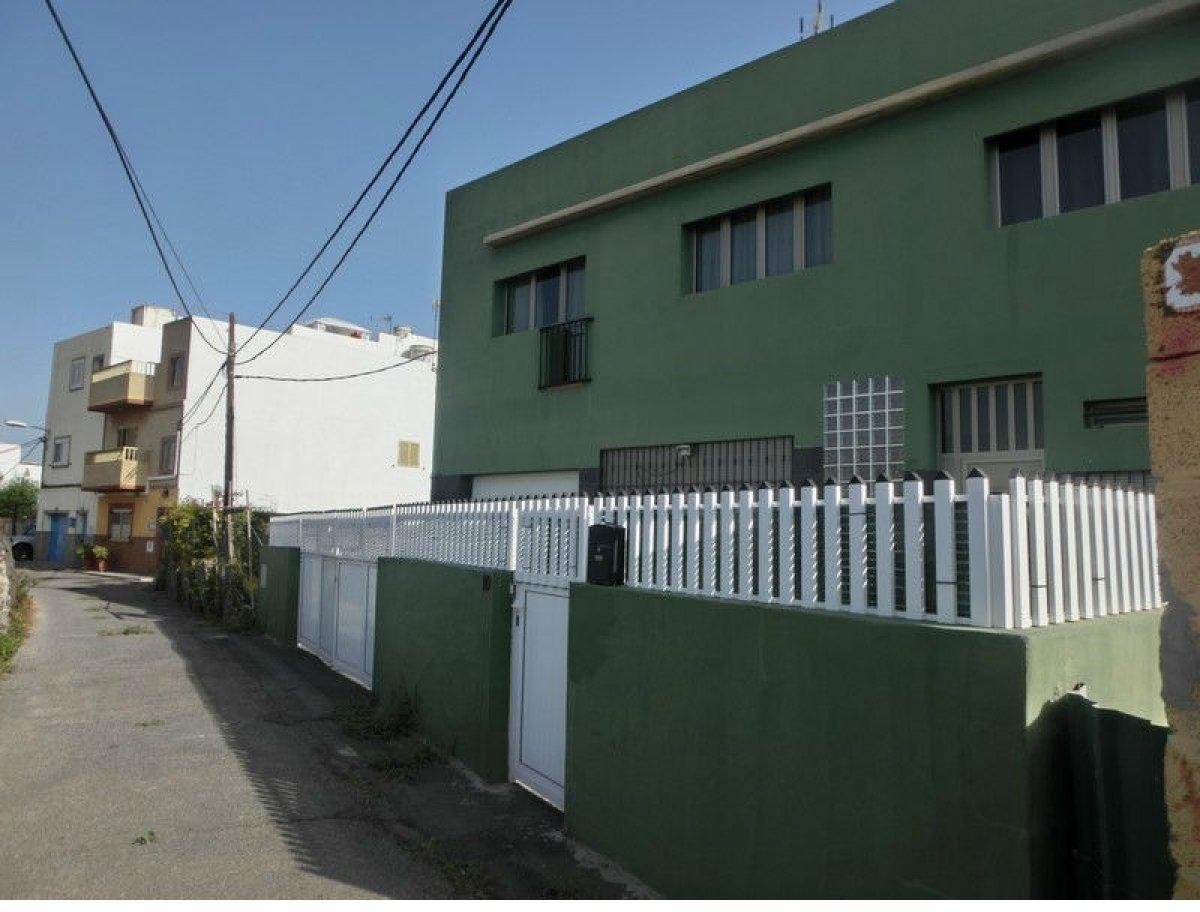Casa en venta en El Calero, Telde