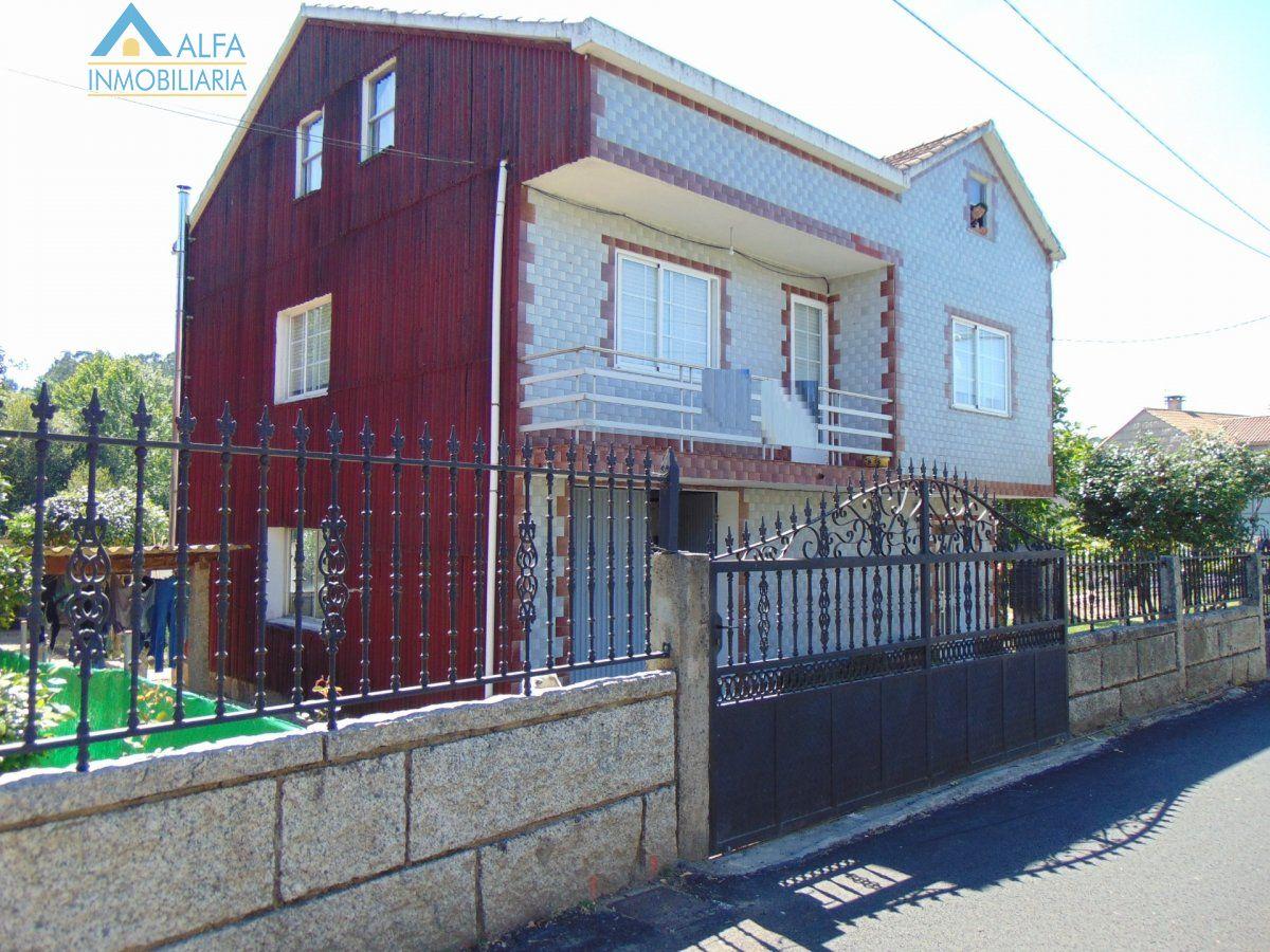 Casa en venta en Rubianes, Vilagarcia de Arousa