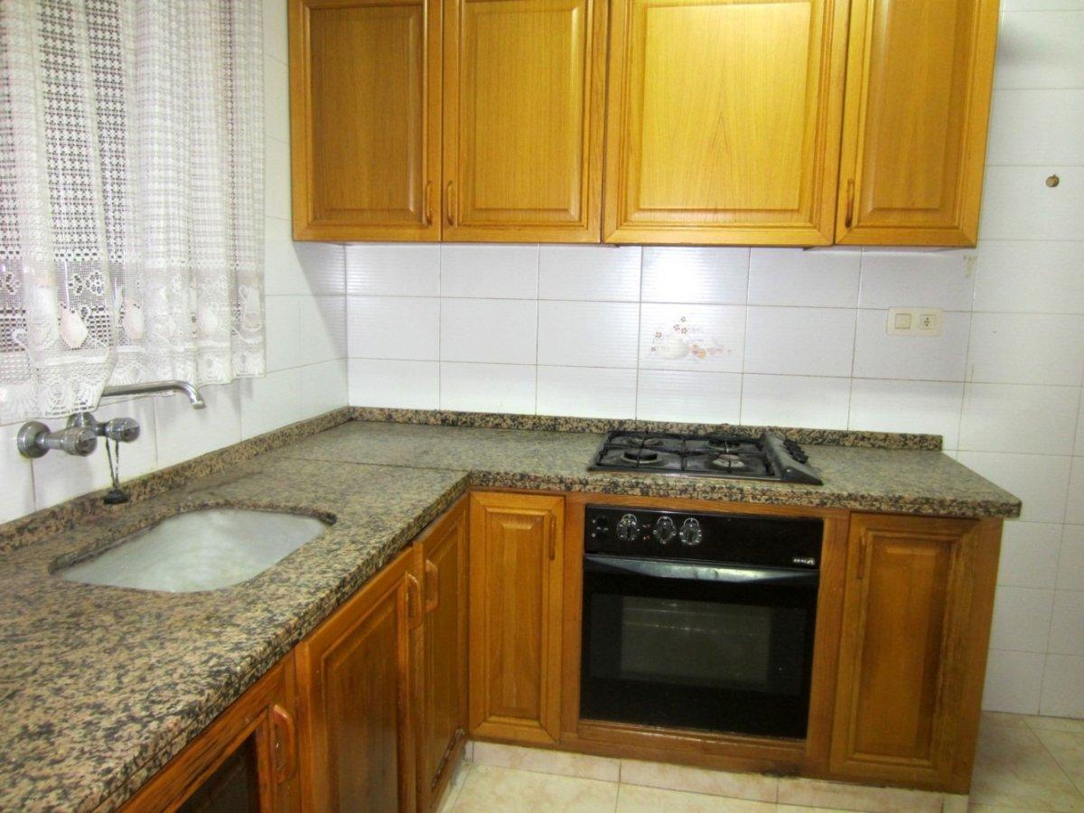 casa en rotgla-i-corbera · casco-urbano 65000€