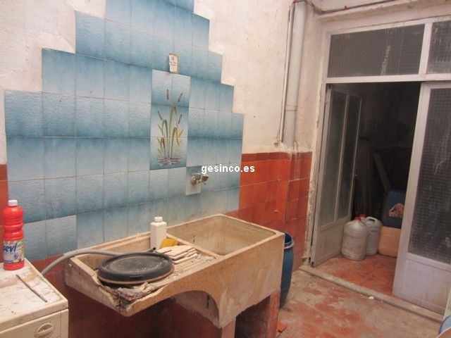 casa en rotgla-i-corbera · casco-urbano 35000€