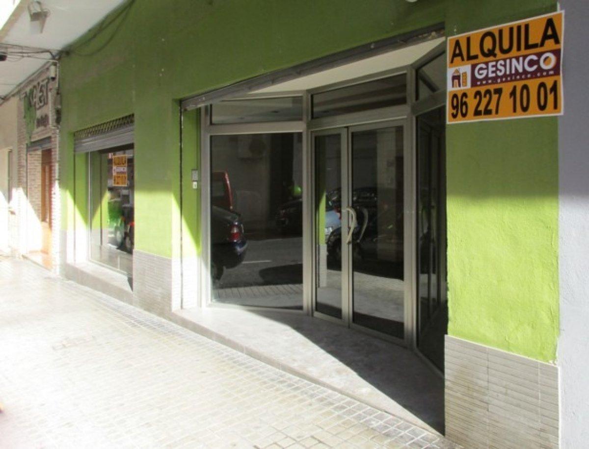 local-comercial en xativa · reina 700€