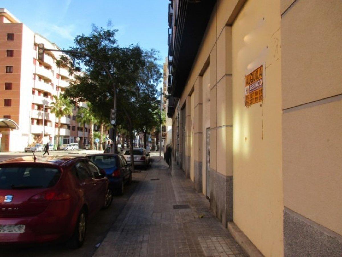 local-comercial en xativa · ausias-march 0€