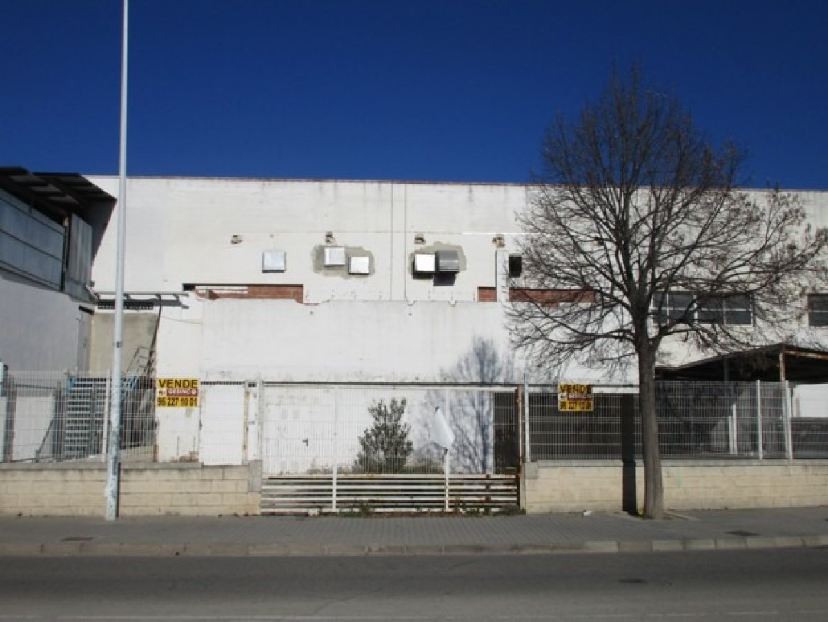 nave-industrial en xativa · otras 150000€