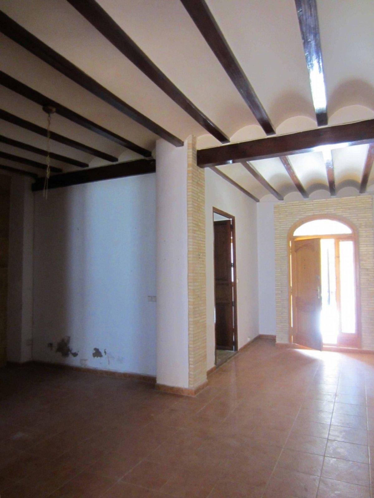 casa en rotgla-i-corbera · casco-urbano 120000€