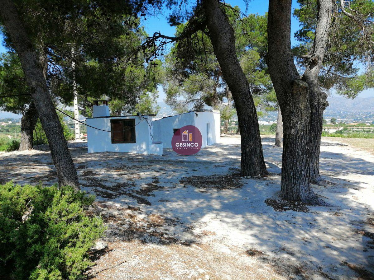 casa-de-campo en ontinyent · cami-vell-de-agullent 49000€