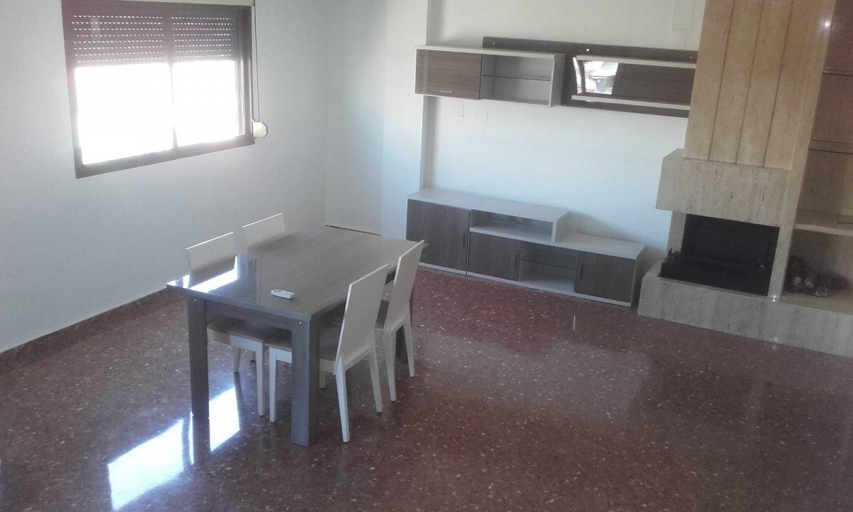 piso en xativa · pza-pais-valenciano 425€